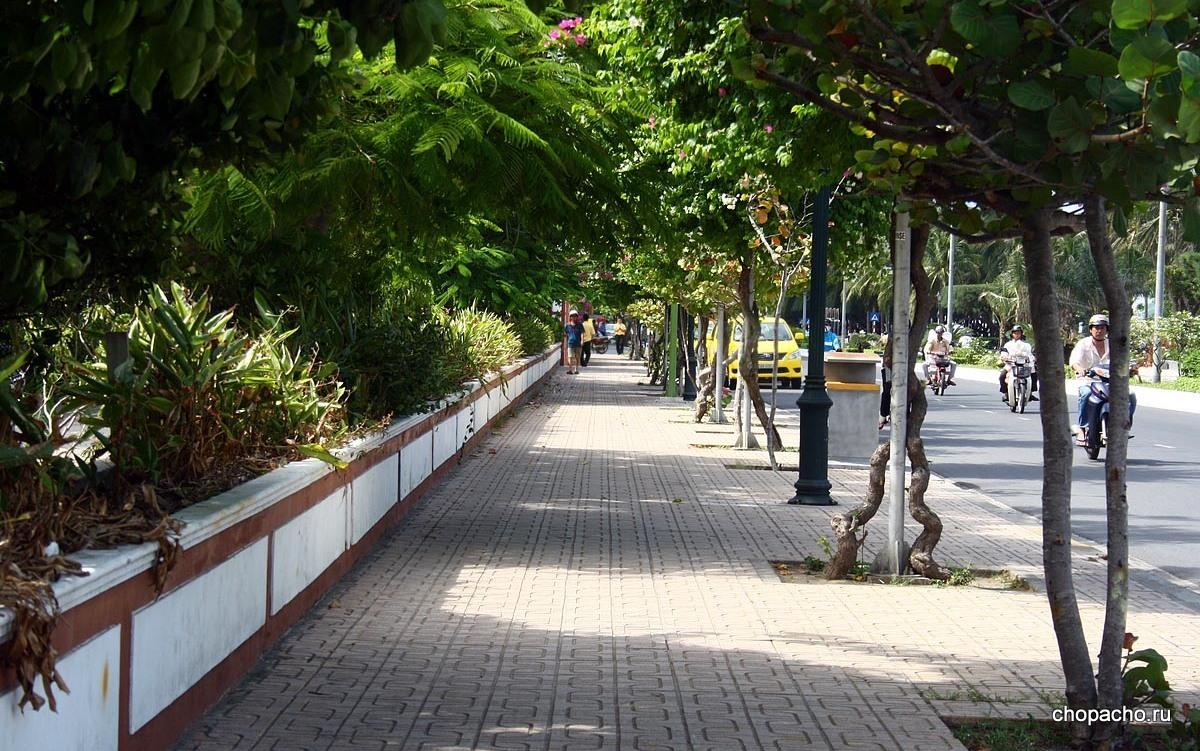 Милая улочка Нячанга