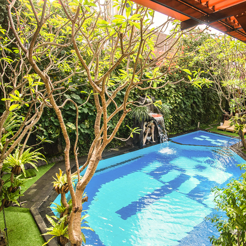Отель на Бали в Куте Green GardenHotel