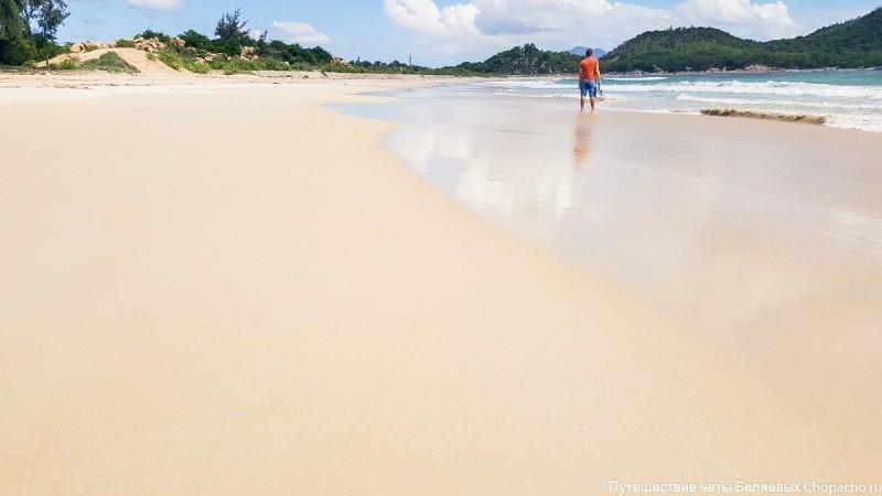 Bai Binh Tien - дикий пляж в Нячанге. Вьетнам.