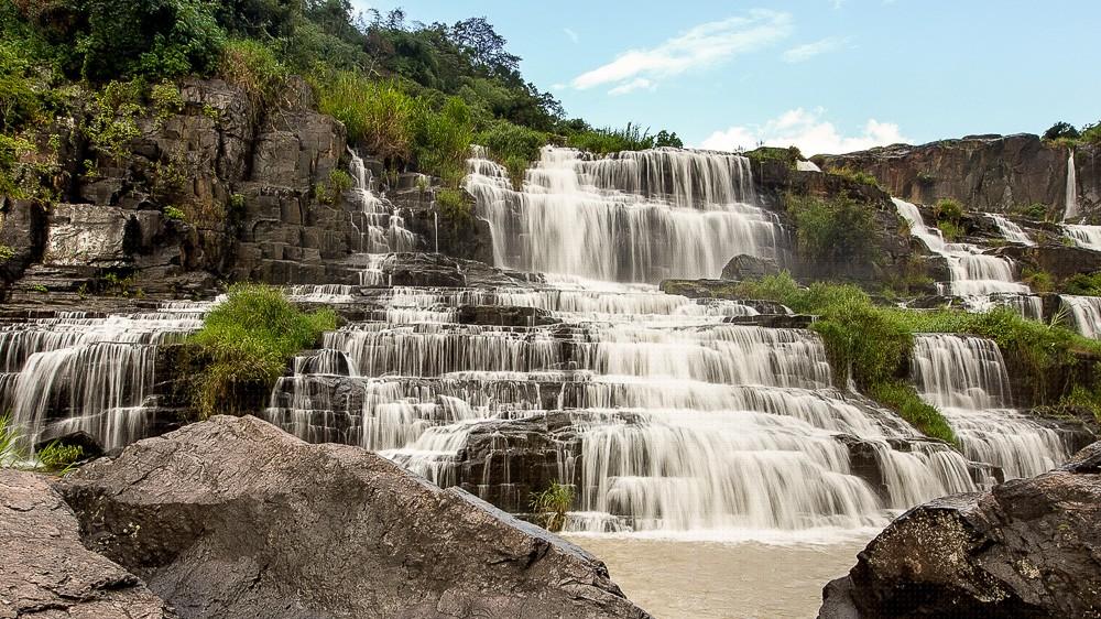 Водопад Понгур в Далате. Вьетнам 2017.