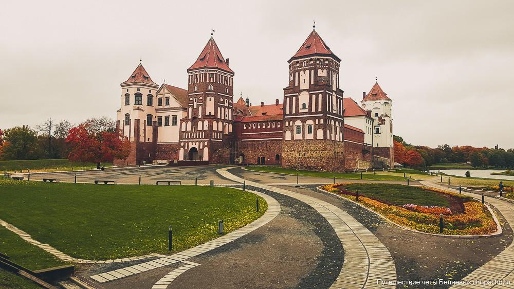 фото замков беларуси