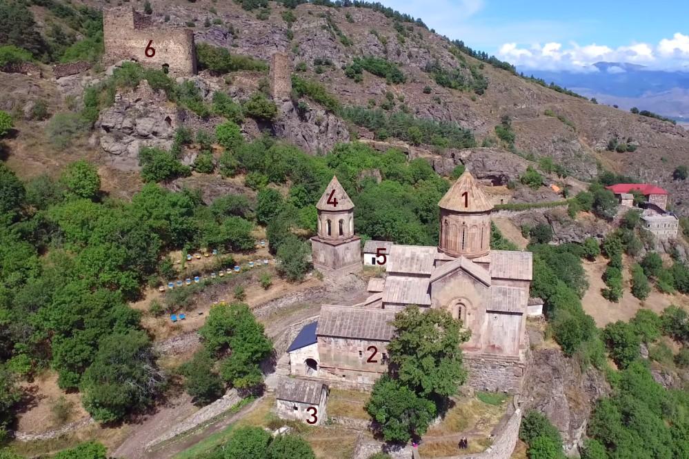Схема горного монастыря Сапара в Грузии
