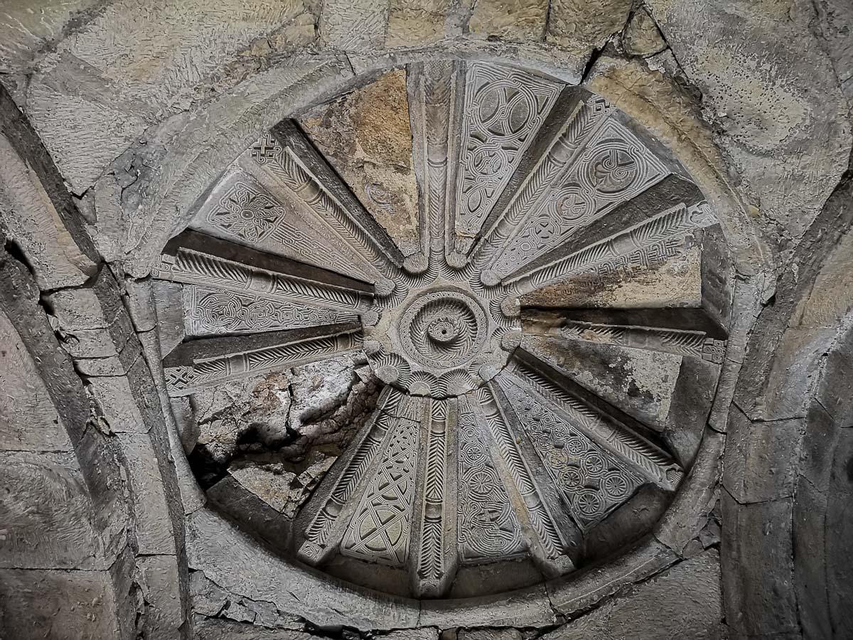 Украшение церкви в Грузии